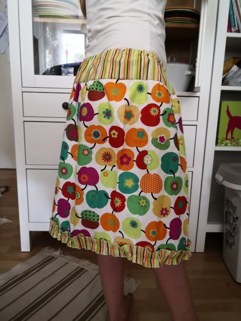 Tiered skirt made of woven cotton